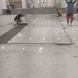 realizamos trabajos en varios servicios que consiste en el ahrea de la construcion
