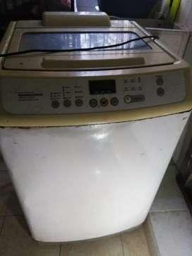 Lavadora Samsung de 31 Lb. Para arreglar,
