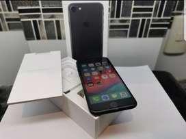 Iphone 7 - 32gb - con detalle