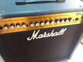 Amplificador Marshall MG 50 DFX impecable