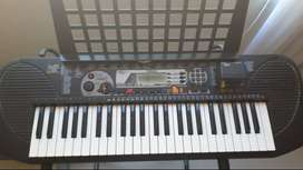 Vendo Organeta Yamaha  y  Violín Cremona 3/4 y