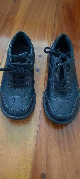 Zapatos escolar Cavatini