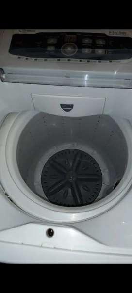 Vendo lavarropas drean de 5kg en perfecto estado llevo a domicilio dentro de córdoba capital $22000