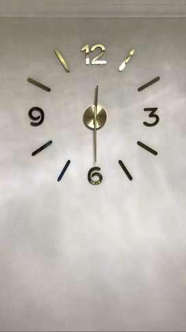 Se venden relojes 3D