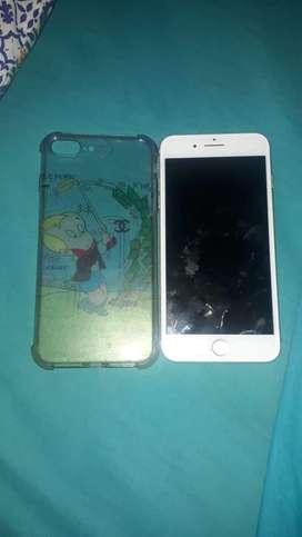 Iphone 7 plus en optimas condiciones lo entrego con cargados original y dos forros  para mas informacion hablar al numer