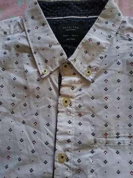 Camisa Talla M mangas corto