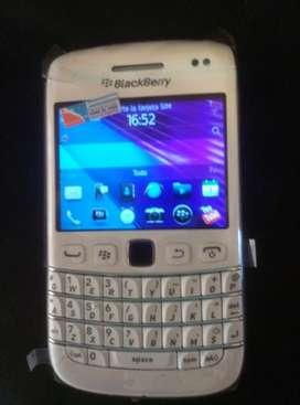 Vendo o Pto. Blackberrry 9790 blanco, libre, nuevo en caja completo.