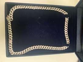 Hermosa cadena cubana plata 925