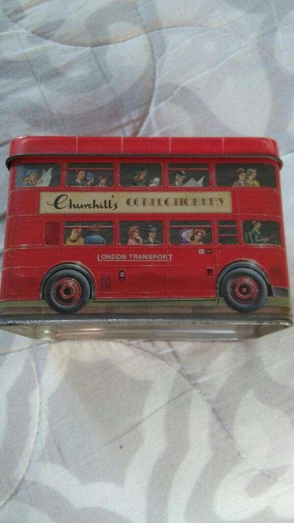 Lata de Te Churchills Omnibus colectivo de Londres . Caja sin contenido 0