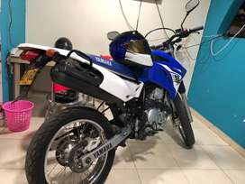 Xtz 250 modelo 2016 color azul blanco