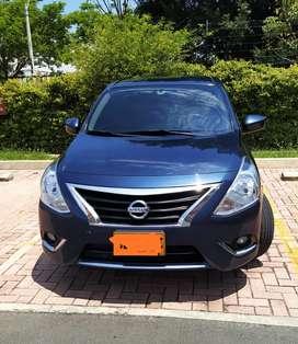 Excelente Nissan Versa