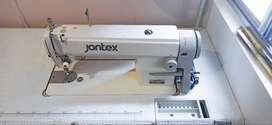 Combo de máquinas de coser industriales.