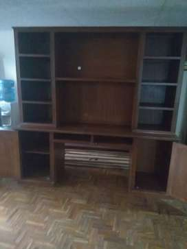 Mueble de madera para sala o cuarto