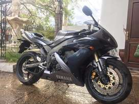 Vendo Yamaha r1 Impecable