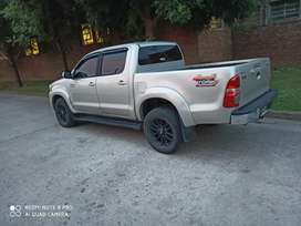 Toyota Hilux impecable!4x4