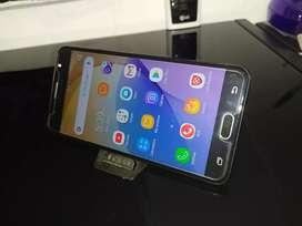 Se vende Samsung J7 prime duos