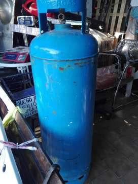 tubos de 45 kg vacios hablitados y en vigencia 4500