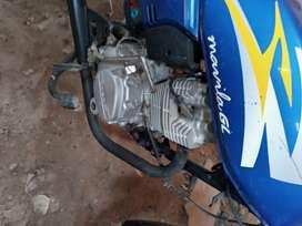 Vendo moto taxi modelo songshen tiene motor nuevo marca lifan 150 tapices generales en buen eatado 100% operarativa