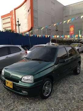 Venta de Renault  Clio RT  1.4