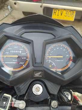 Se vende moto cb 125 modelo 2020  único dueño tiene seguro asta finales de mes y tecnomecanica asta el otro año