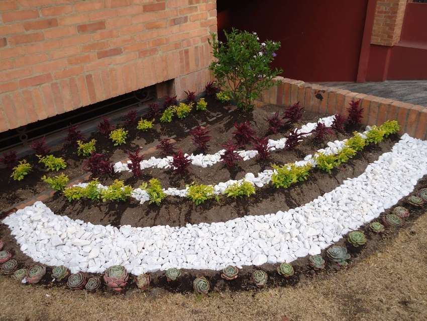 Piedra blanca decorativa para Jardin o chimenea 0