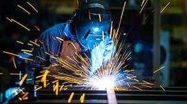 Se necesita un técnico en motores estacionarios y herramientas (taladros, molador, etc)