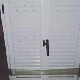 Ventana con Postigo de aluminio blanco sin vidrio con buena oferta bajo precio