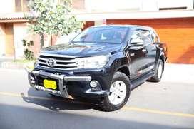 vendo Toyota Hilux 2015 4X4