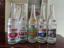 Botellas de gaseosa retro son 5