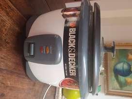 Olla arrocera BLACK&DECKER con Vaporera