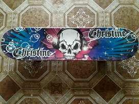 Patineta Christine (Skateboard)