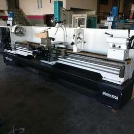 Torno paralelo Dalian 660x3000mm