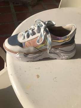 Vendo dos pares de zapato como nuevo