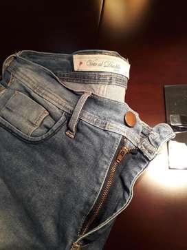 Jeans Chupin de Hombre Vete Al Diablo