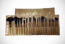 Remate-Set de Brochas para Maquillaje x 24 unidades