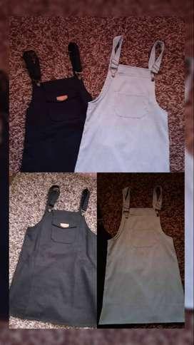 Overol talla S Estado 10/10 Colores Negro y Menta Pastel