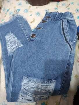 Jeans mom de nena talle 8