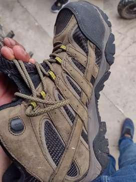 Vendo botas marca Merrell