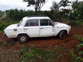 Vendo auto lada 2106 AÑO 1995 MATRICULADO AL DIA A TODA PRUEBA BATERIA NUEVA   VENDO POR FALTA DE DINERO