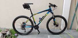 Bicicleta MTB Giant Talon