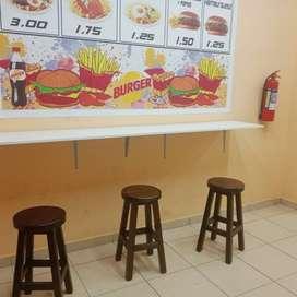 Se vende negocio de comida rapida por asunto de viaje .