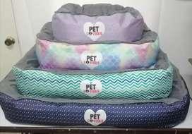 Camas para perros y gatos PET LOVERS. Camas para mascotas. Todos los tamaños. Diseños exclusivos. Personalizamos.