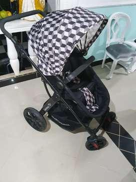 Coche tipo Moisés con silla marca bebesit