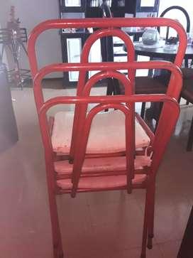5 sillas caño rojo