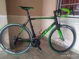 Cicla De Carrera - Ruta, FLAMA