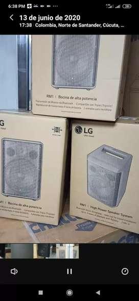 Cabina de sonido LG