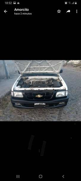Camioneta Chevrolet Luv negociable