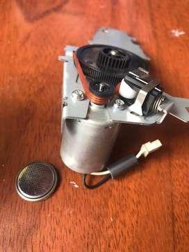 Motor con sistema de pinon