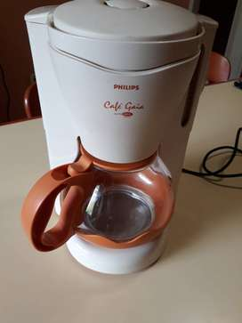 CAFETERA ELECTRICA PHILIPS