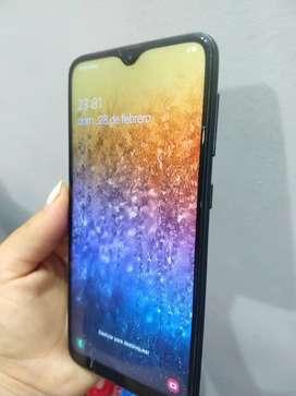 Samsung galaxy A10 (con minimo detalle)